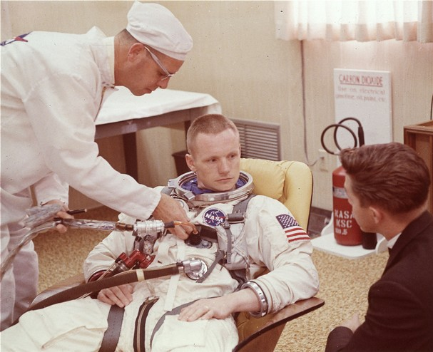 NEIL ARMSTRONG THE RALEIGH DEGEER AMYX COLLECTION 