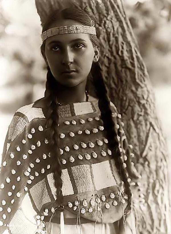 NATIVE AMERICAN INDIAN|INDIAN MAIDEN|THE RALEIGH DEGEER AMYX COLLECTION|RALEIGH DEGEER AMYX|THE AMERICAN HERITAGE COLLECTION|