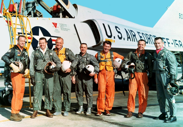 FIRST 7 ASTRONAUTS|GUS GRISSOM|JOHN GLENN|ALAN SHEPARD|ASTONAUTS MEMORABILIA|APOLLO ASTRONAUTS|THE RALEIGH DEGEER AMYX COLLECTION|THE AMERICAN HERITAGE COLLECTION|NASA MEMORABILIA|