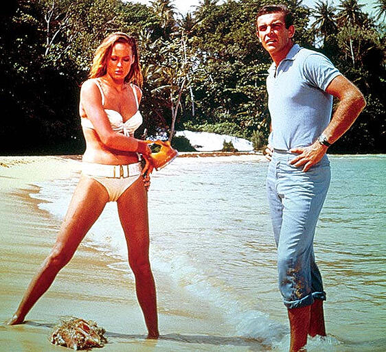 Sean Connery Ursula Andress Bond girl