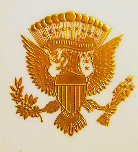 PRESIDENTIAL SEAL OF RONALD REAGAN SERVICE PLATE