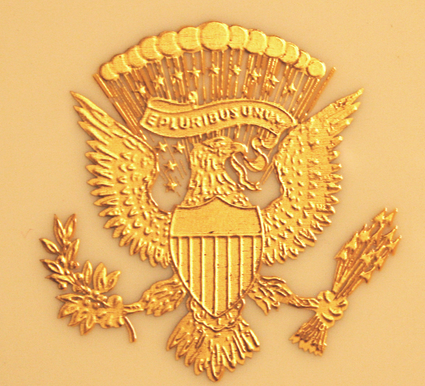 GILT PRESIDENTIAL SEAL VERSO WOODROW WILSON CHINA