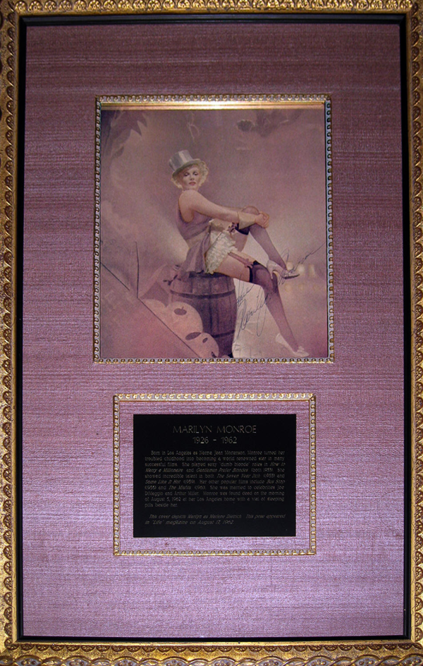 "The incsription reads ""Love Marilyn Monroe."" The artwork measures 8.5 x 10 inches and is in full color.  This issue was published immediately before the movie's release."