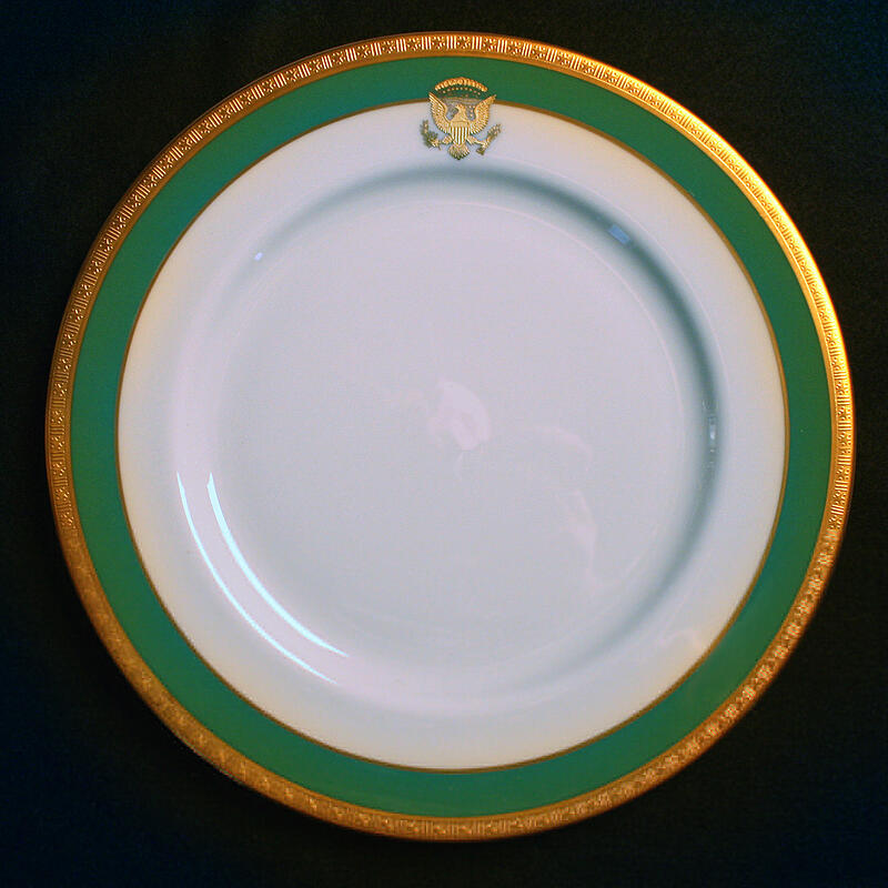 jimmy-carter-white-house-china-dinner-plate-1