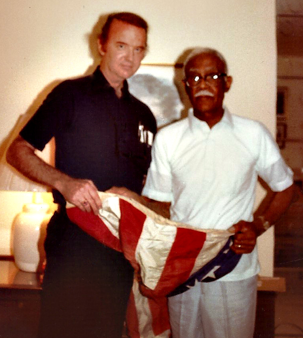 RALEIGH DEGEER AMYX WITH PRESTON BRUCE 1983 AT TIME OF FLAG PRESENTATION