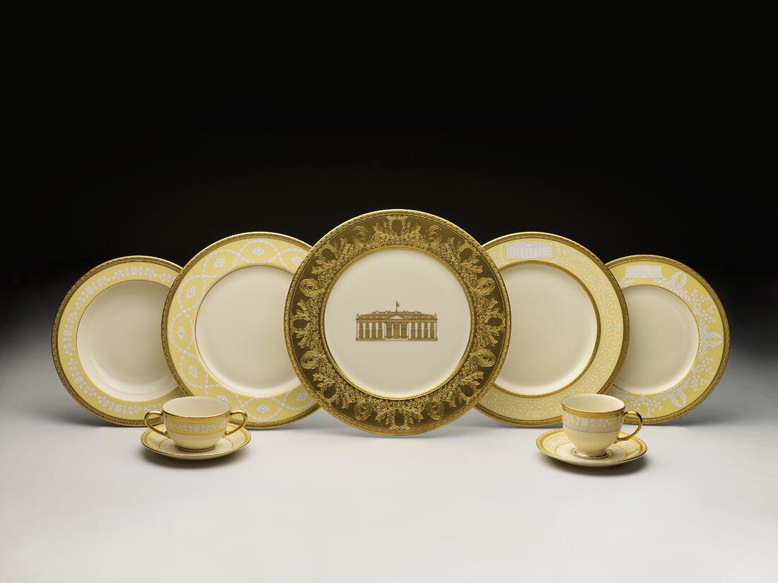 CLINTON official white house china
