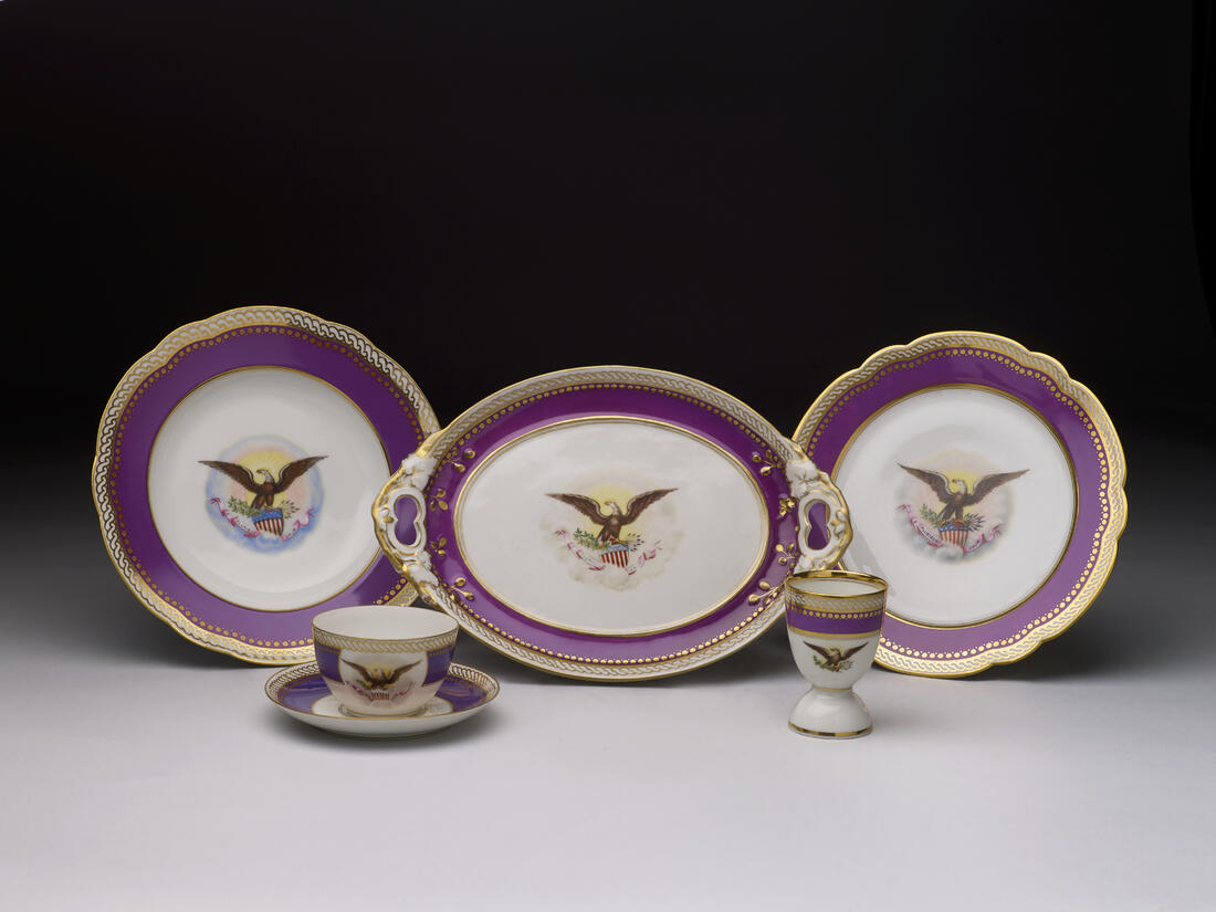 LINCOLN official white house china