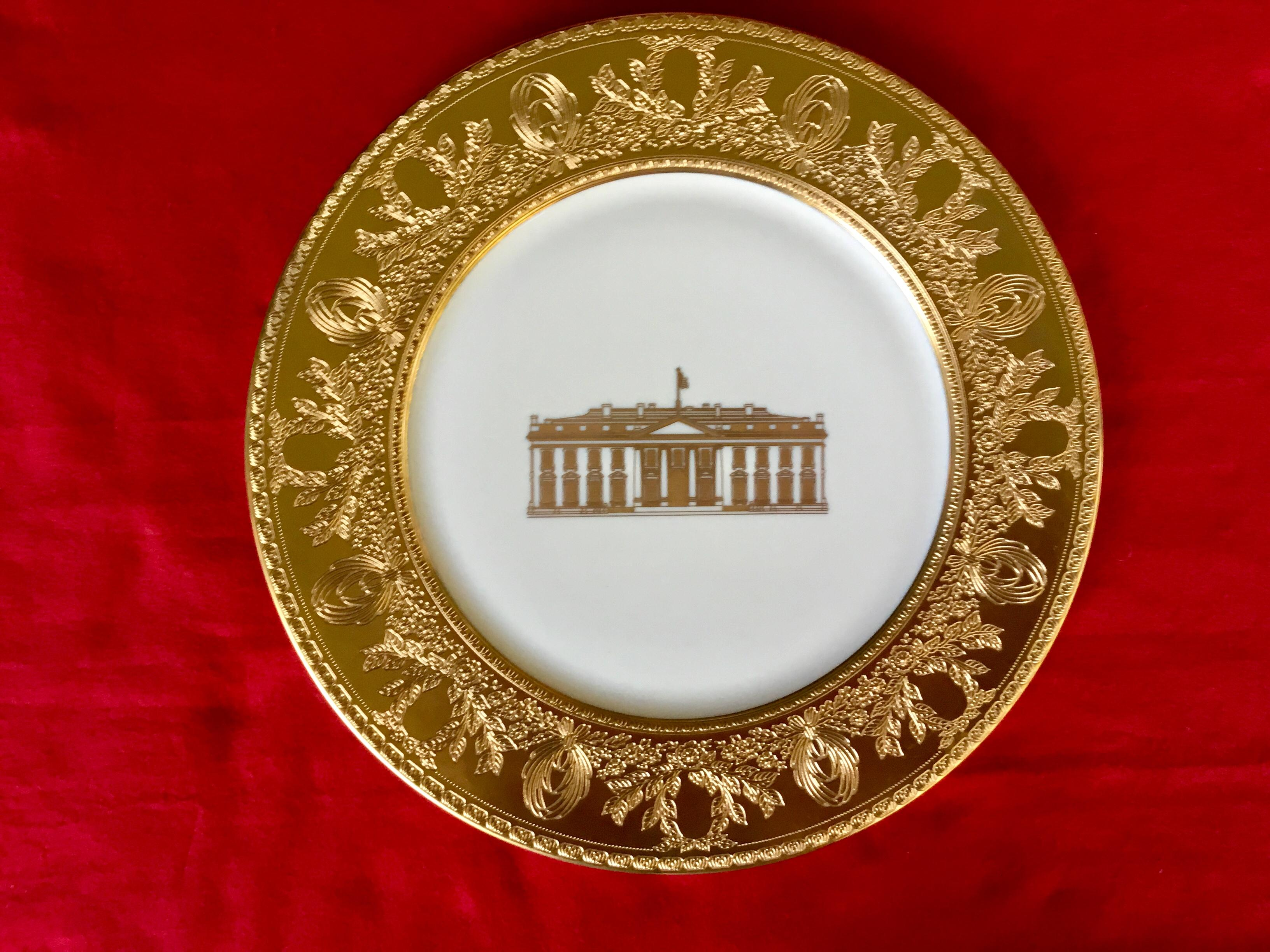 New2 Clinton service plate gold