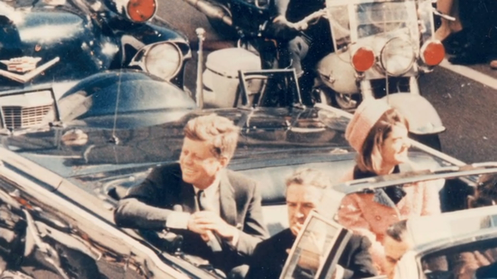 JFK-In-Limo-Close-Up kennedy